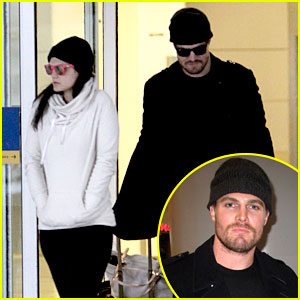 Stephen Amell & Wife Cassandra Jean: Toronto Twosome!