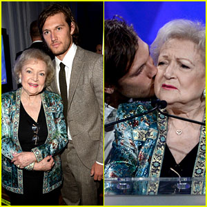 Alex Pettyfer Kisses Betty White at GLAAD Media Awards 2013!