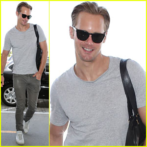 Alexander Skarsgard: New 'What Maisie Knew' Clips!