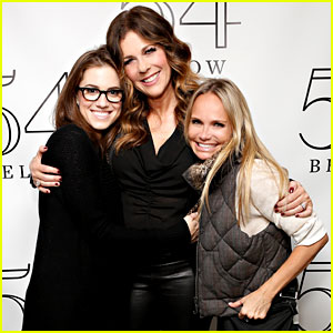 Allison Williams & Kristin Chenoweth: Rita Wilson at 54 Below!