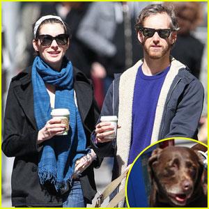 Anne Hathaway & Adam Shulman: Dog Walk in Brooklyn!