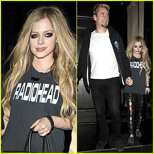 Avril Lavigne & Chad Kroeger: Beso Dinner Date!