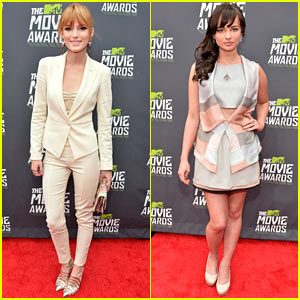 Bella Thorne & Ashley Rickards - MTV Movie Awards 2013 Red Carpet