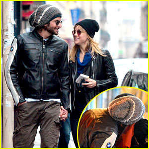 Bradley Cooper & Suki Waterhouse Kiss & Hold Hands in Paris!