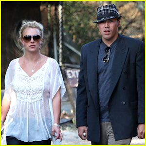 Britney Spears & David Lucado: Old Place Cornell Couple!