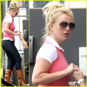 Britney Spears: Hollywood Studio Stop!