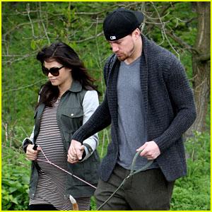 Channing Tatum & Pregnant Jenna Dewan: London Dog Walk!