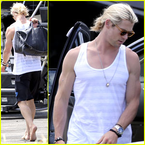 Chris Hemsworth Departs St. Lucia After Matt Damon Vow Renewal