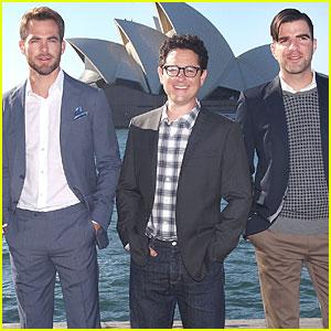 Chris Pine & Zachary Quinto: 'Star Trek Into Darkness' Sydney Portrait Session!