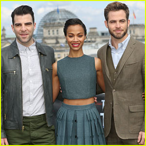 Chris Pine & Zoe Saldana: 'Star Trek Into Darkness' Berlin Photo Call