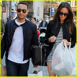 Chrissy Teigen & John Legend: The Grove Couple!