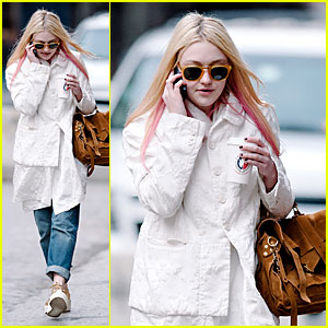 Dakota Fanning: Pink Haired Phone Chatter!