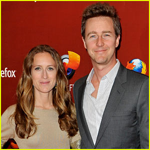 Edward Norton's Fiancee Gives Birth to Baby Boy?