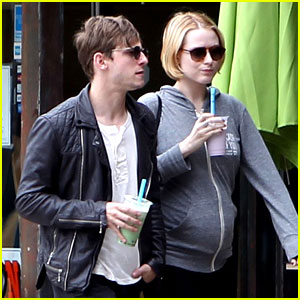 Evan Rachel Wood: Baby Bump Stroll with Jamie Bell