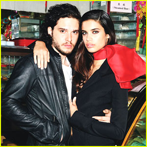 'Game of Thrones' Star Kit Harington: 'Glamour' Feature!