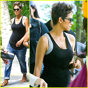 Halle Berry: Pregnant Brazilian Sightseeing!