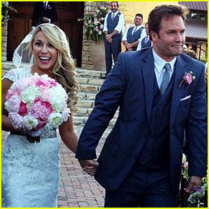 Hart of Dixie's Scott Porter Marries Kelsey Mayfield - Photos!