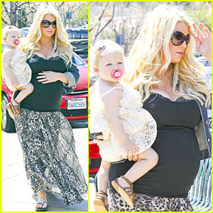 Jessica Simpson & Eric Johnson: King's Fish House Lunch with Maxwell!