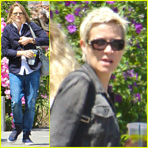 Jodie Foster: Lemonade Cafe with Gal Pal!