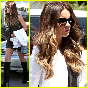 Kate Beckinsale: Dressed Up at the Six!