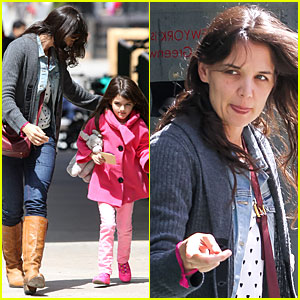 Katie Holmes & Suri: Nail Salon After Seventh Birthday Celebration!