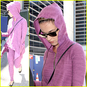 Katy Perry: LAX Arrival After Madagascar UNICEF Trip!
