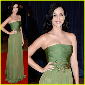 Katy Perry - White House Correspondents' Dinner 2013 Red Carpet