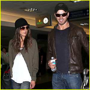 Kellan Lutz & Sharni Vinson: LAX Lovebirds!