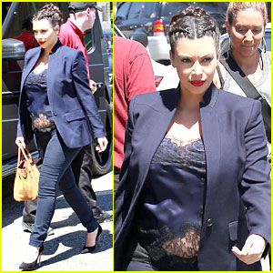 Kim Kardashian Bares Pregnant Baby Bump in Belly Shirt!