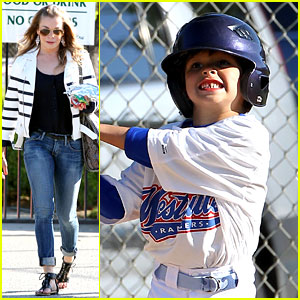 LeAnn Rimes: Jake's Baseball Game with Mason!