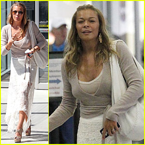 LeAnn Rimes: Mississippi Performance for Friends & Family!