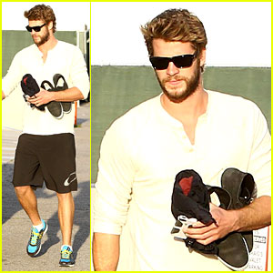 Liam Hemsworth Steps Out After 'The Raven' Casting News