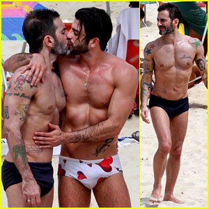 Marc Jacobs & Harry Louis: Shirtless Speedo PDA in Rio!