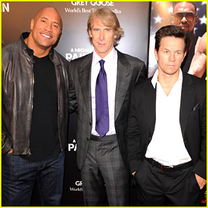 Mark Wahlberg & Dwayne Johnson: 'Pain & Gain' Premiere!