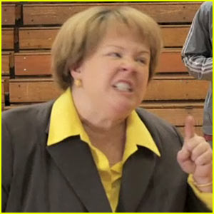 Melissa McCarthy: 'Saturday Night Live' Sketches - Watch Now!