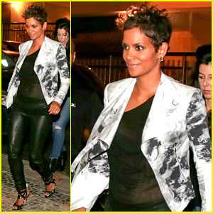 Pregnant Halle Berry: 'Mama Cannot Take Time Off'!