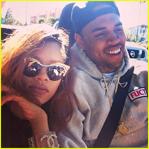 Rihanna & Chris Brown: Back Together in New Instagram Pic!