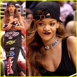 Rihanna: Let's Go Lakers!