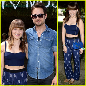 Sophia Bush & Justin Chatwin: H&M's Coachella Music Party!