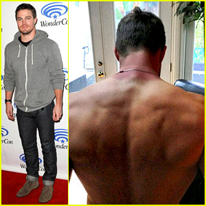 Stephen Amell: WonderCon Panel After Vancouver Sunburn!