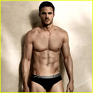 Thom Evans: New 'D. Hedral' Underwear Campaign Pics!
