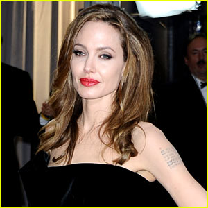 Angelina Jolie's Double Mastectomy Doctor Details Process & Procedure