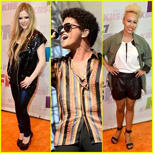 Avril Lavigne & Bruno Mars: Wango Tango 2013!