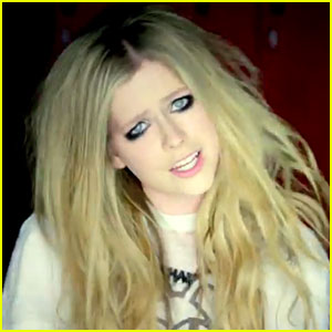 Avril Lavigne: 'Here's To Never Growing Up' Video Premiere!