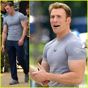 chris-evans-flaunts-huge-biceps-on-captain-america-set.jpg