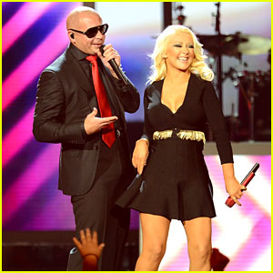 Christina Aguilera & Pitbull - Billboard Music Awards 2013 Performance (Video)