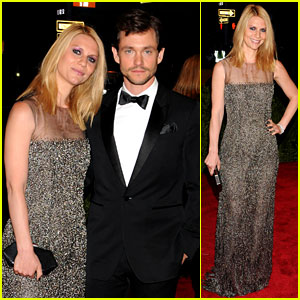 Claire Danes & Hugh Dancy - Met Ball 2013 Red Carpet