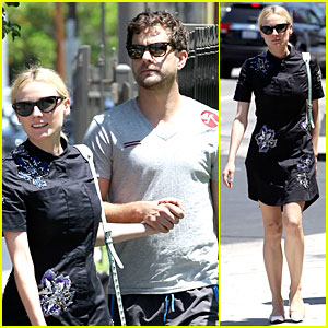 Diane Kruger & Joshua Jackson Hold Hands After Lunch!