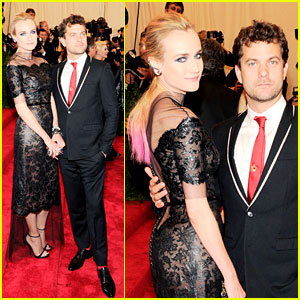 Diane Kruger & Joshua Jackson - Met Ball 2013 Red Carpet