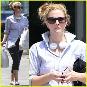 Drew Barrymore: Yoga & Groceries in WeHo